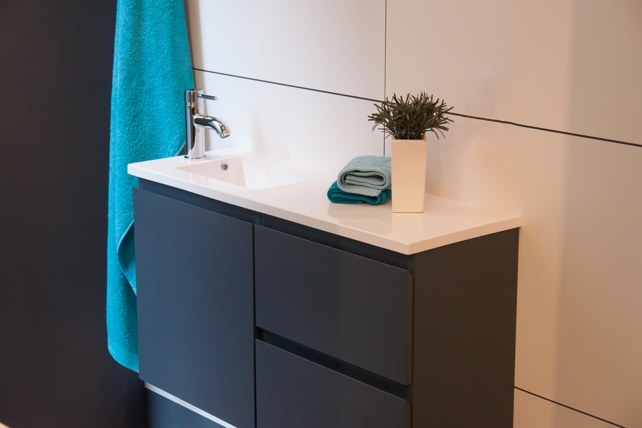 Remodel a bathroom with a new vanity in Bradford ON